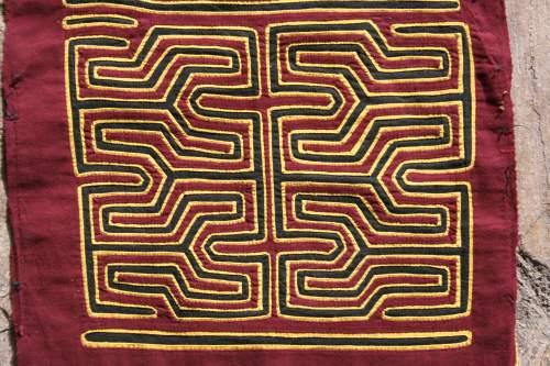 geometric mola pattern