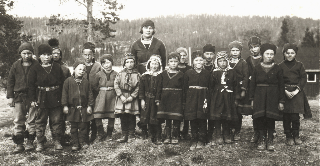 sami school group